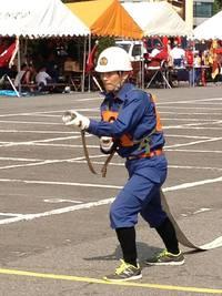 消防ポンプ操法競技2番員