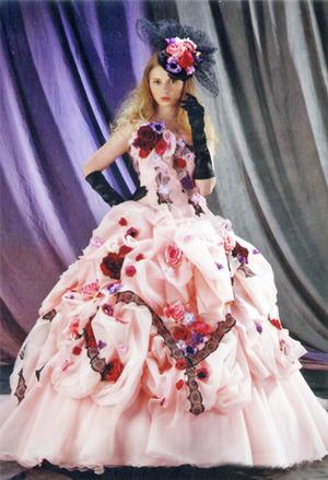 ピンクの新作カラードレス