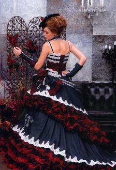 デニム素材のカラードレス