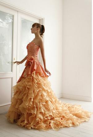 さりげなく かっこいいドレス