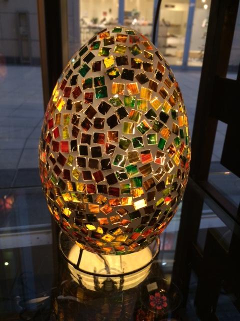 エッグモザイクガラスランプ