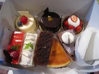 今日はお菓子三昧!