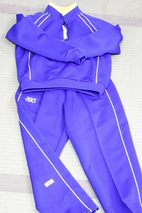 平成25年 坂戸小学校の新体操着(服)【長袖】 2013/02/24 17:43:38