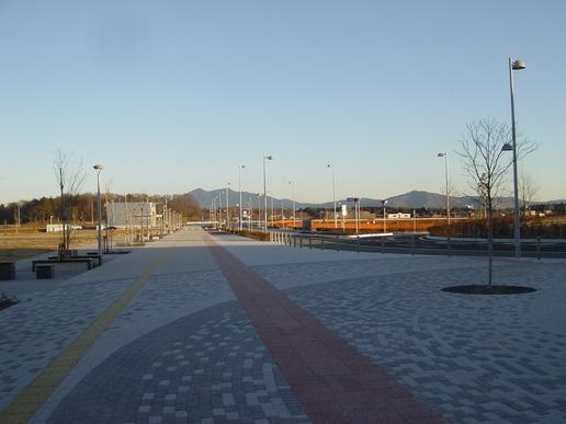 駅前ストリート(2006年1月19日撮影)