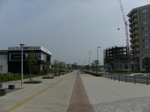 駅前ストリート(2008年6月28日撮影)