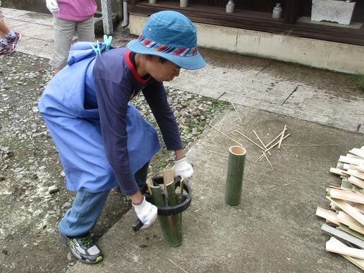 研究学園駅前トワイライト音楽祭に向けて竹灯ろうを作りました!