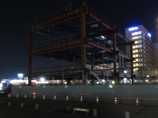 研究学園駅間近の「飲食店テナントビル」建設に大きな進展があった!