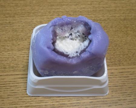 67円の黒糖まんじゅうに12種類のクリーム大福「みつお万寿」