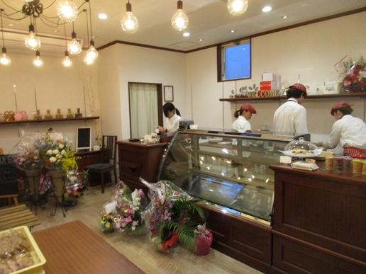 ミートコのケーキ屋さん「ラトリエ・ドゥ・シュエット」プレオープンしてた!