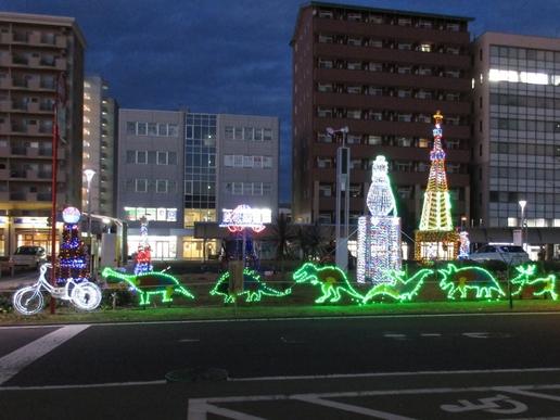 研究学園駅前イルミネーションがきれいです!11月28日に点灯式がありあかりが灯りました。