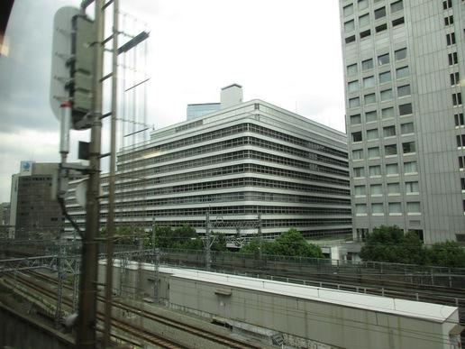 東京駅近くにできる日本一ののっぽビル建設予定地を中央線と京浜東北線の車窓から眺めてみた!