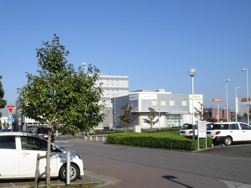 【今昔28】研究学園駅前通りに見る住宅設備ショールームの変化!