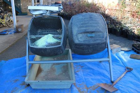 おいしいブルーベリーを作るために!「マイスターの肥料作り」