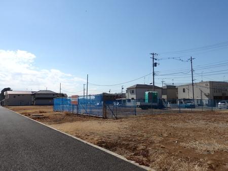 葛城北部学園前にイチムラ帽子カバン店の建設工事が始まった!