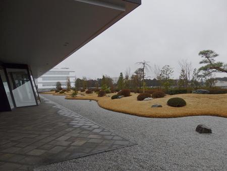 研究学園みんなの学校「タキイ種苗訪問」屋上には富士を望む日本庭園が!