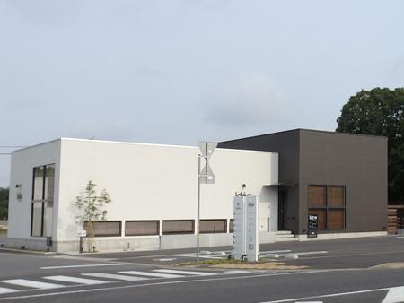 葛城西線に新たにできた商業施設にヘアーサロンがオープンする!