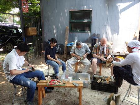 トワイライト音楽祭や盆ライブで使用する竹灯ろうを作りました!