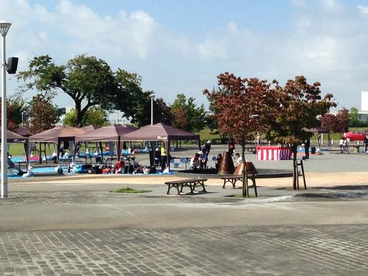 今日(10/3)研究学園駅前公園で盆LIVEが開催されます!
