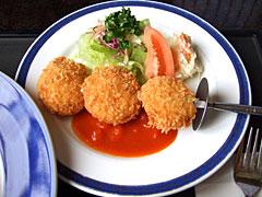 にっぽんの洋食 蘭亭 - カニクリームコロッケ