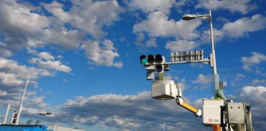研究学園 学園の森中央交差点に右折矢印信号が設置されている!(その2)