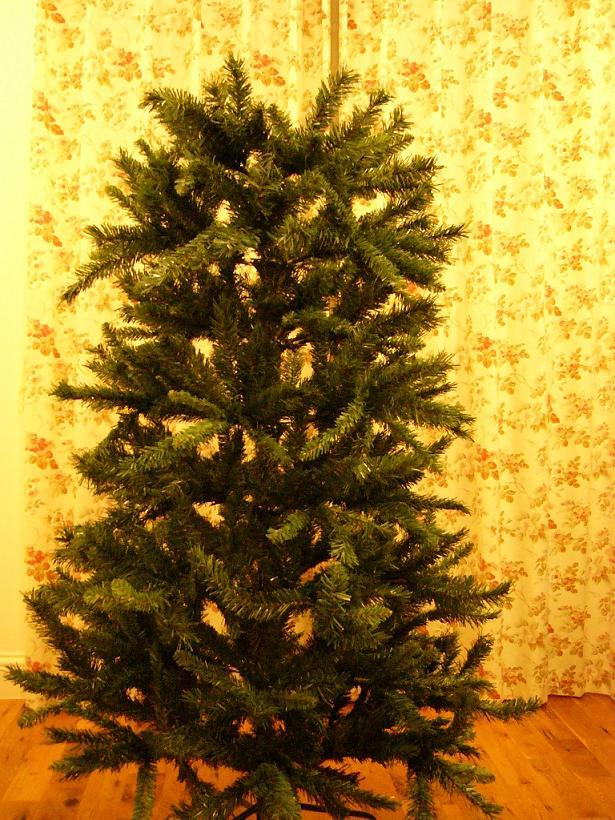 クリスマス特集 我が家にもツリーを飾ってみた。