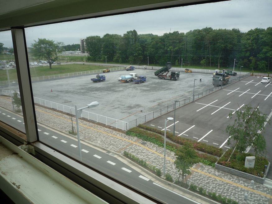 研究学園(つくば新都心) 研究学園駅南側に何かを作ってます