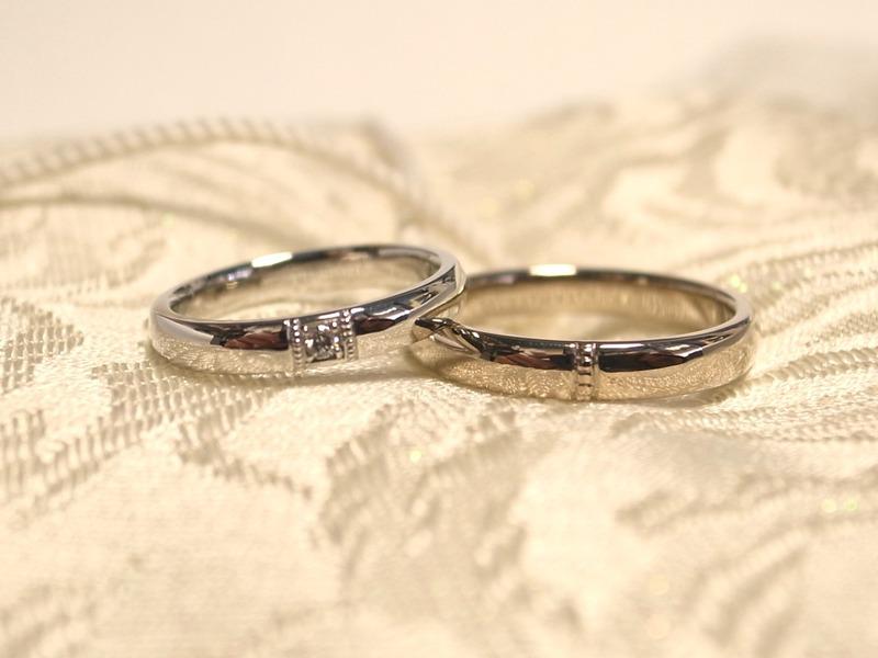 ワンポイントのミル打ちマリッジリング☆手作り結婚指輪