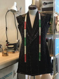 店内工房でのフルオーダースーツ制作