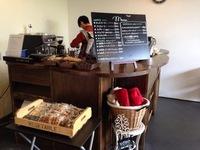 3月は、平日・土日ともにmo*bacoカフェスペースで営業することになりました