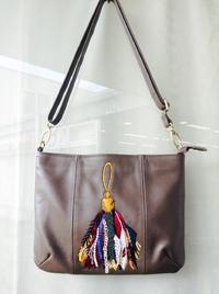 PAPILLONNER(パピヨネ)新品★タッセル刺繍バッグ