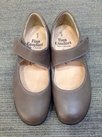 finn comfort(フィンコンフォート) 牛革ワンストラップシューズ