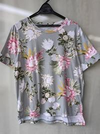 DW2R 花柄Tシャツ
