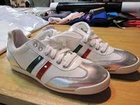 イタリア製スニーカー