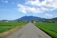 筑波山を望む1
