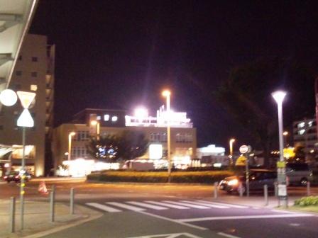 研究学園駅前に屋上ビアガーデンがオープン!