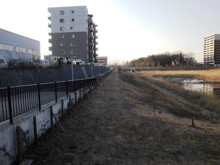葛城川調節池南側の開かずの道路が開通していた!