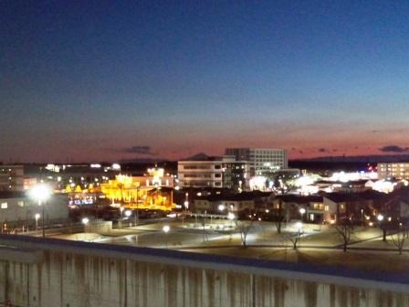 イーアスつくばの立体駐車場から見る夕暮れの富士山!