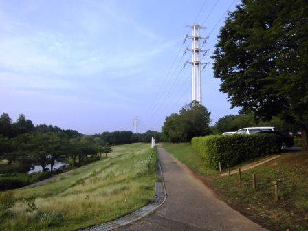 科学万博記念公園の東側駐車場は別の公園だった!