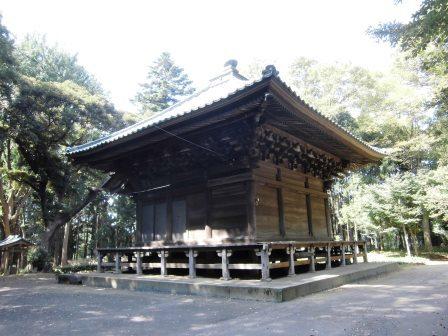 谷田部インターのすぐ近くにある立派な観音堂!