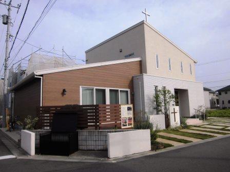 研究学園の住宅街に教会を発見!