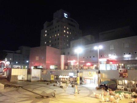 夜のつくばセンター広場!
