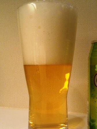 ヘリオス酒造のクラフトビール「ゴーヤーDRY」を飲んでみた!