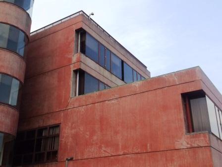 5年間放置されたままの旧「つくば市役所桜庁舎」!