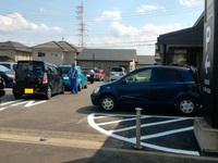 いきなりステーキが人気過ぎて駐車場に誘導員が出ていた!