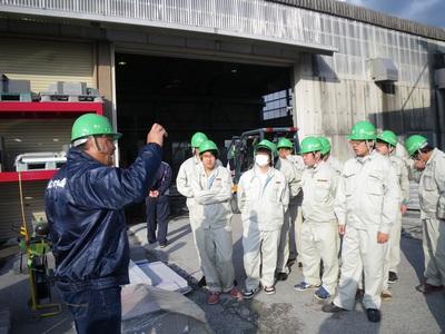 真壁高校の生徒さんが石山と石材会社を見学