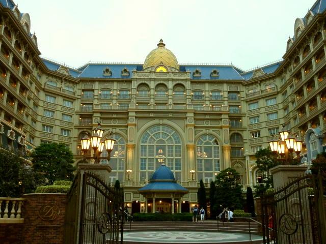 夕方のディズニーランドホテル