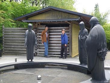 イギリス人石彫家 アリョウシャ・モラン氏来館