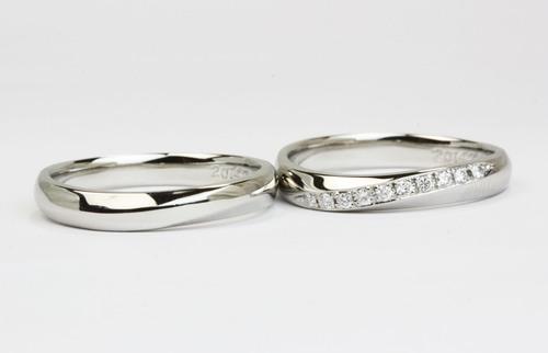 エレガントラインの結婚指輪
