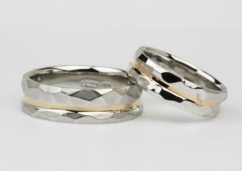槌目文様の結婚指輪 地金再生 茨城県桜川市宝石店