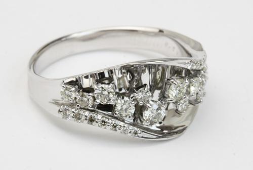 ハートキューのダイヤモンドリング☆